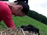 Czech amateur banging in the field outdoor